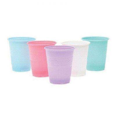 disposable plastic cups